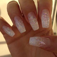 nail-ideas-glitter-season_theafricanista-12
