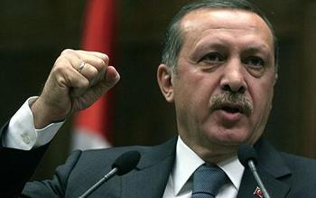 Le Premier ministre turc Recep Tayyip Erdogan a remporté dimanche