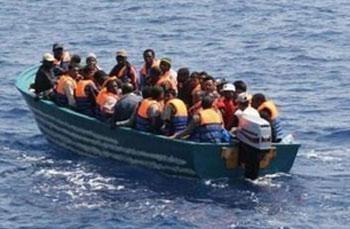 Le renversement de la dictature de Ben Ali en Tunisie a jeté vers les côtes italiennes un afflux sans précédent de ressortissants tunisiens. La situation économique et sociale pousse les jeunes à partir. Alors