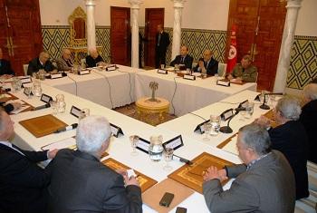 Un Conseil des sages groupant 16 personnalités nationales sous la présidence du chef du gouvernement provisoire