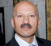 En réaction à la nomination de Jugeant Mahdi Jomâa proche d'Ennahdha