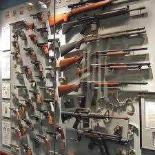 Une source du ministère de l'intérieur a affirmé dans la journée du jeudi 18 juillet 2013 que des armes et des cartouches ont été découvertes
