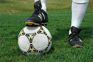 De nombreux présidents de clubs de football et de figures du ballon rond ont annoncé