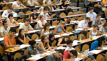 Plus d'une trentaine de nouveaux diplômes dans différentes spécialités ont été créées pour la nouvelle année universitaire 2013-2014