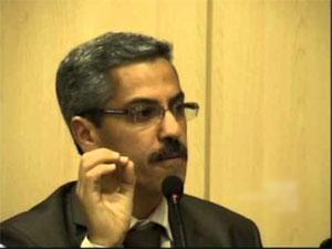 A l'issue de l'entretien qui a eu lieu entre Ali Lâarayedh chef du Gouvernement démissionnaire et le président de l'ISIE Mohamed Chefik Sarsar qui était accompagné du vice-président Mourad