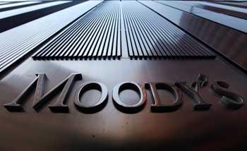 Moody's Investors Service annonce vendredi avoir relevé la note