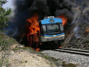 Le train reliant Béja à Tunis a pris feu cet après- midi