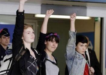 Les trois Femen libérées dans la nuit