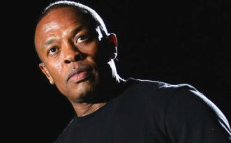INDIO, CA - APRIL 15: Rapper Dr. Dre performs onstage during day 3 of the 2012 Coachella Valley Music & Arts Festival at the Empire Polo Field on April 15, 2012 in Indio, California. (Photo by Karl Walter/Getty Images for Coachella)