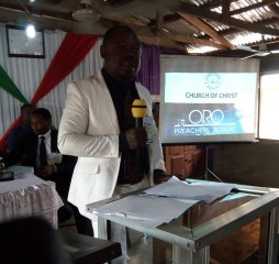 Mike Udam speaking at Oron