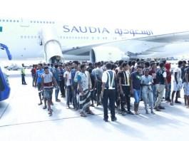 Hundreds of Ethiopians return home from Saudi Arabia jails