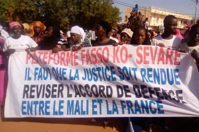 Malians protest presence of foreign troops in the country