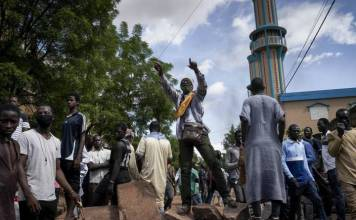 Mali authorities free detained protest leaders