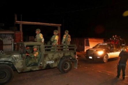 Roadside bomb kills 4 bus passengers in Kenya hostile north