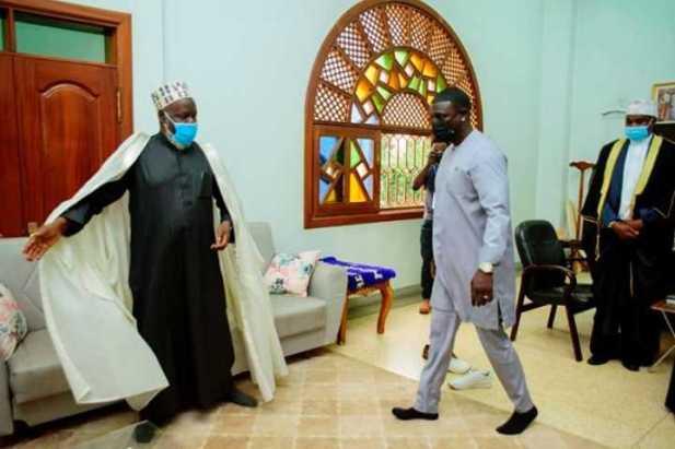 Singer Akon under political fire after Uganda business trip