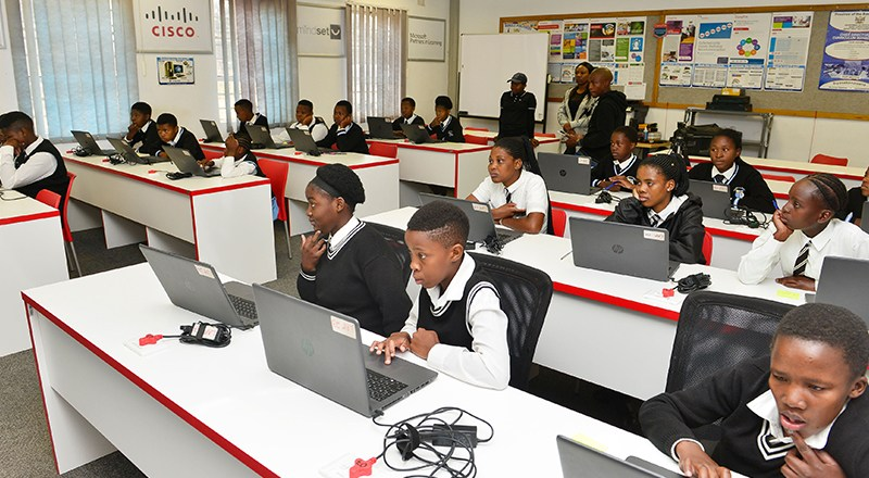 Vodacom SA Launches Coding Programme to Inspire More Women in STEM
