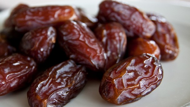 Amazing health benefits of Dates (Dabino)