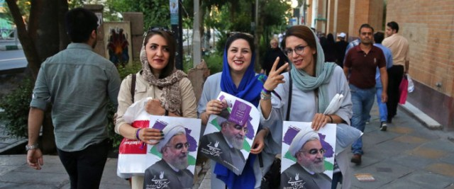 Iranians votes new president today