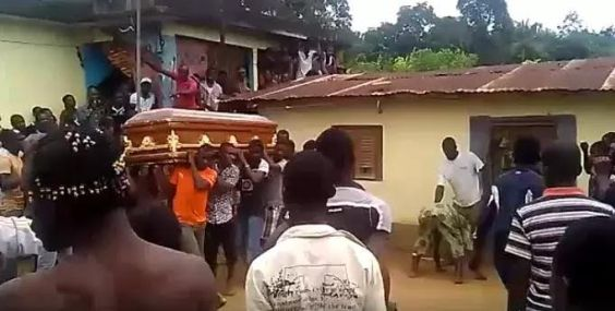 Shocking! Corpse takes villagers to his killer's house