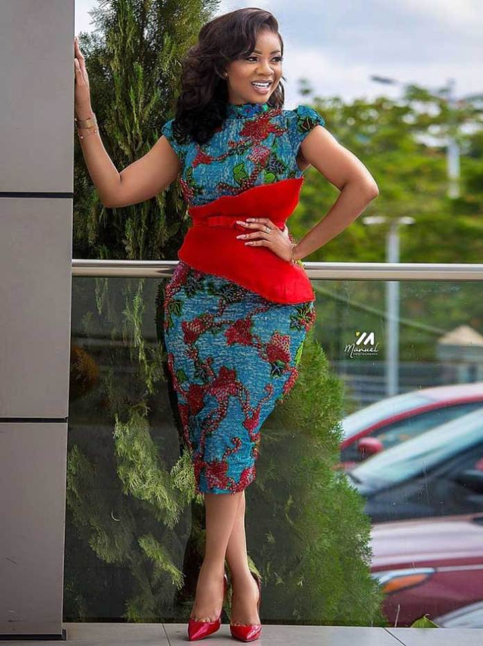 serwaaamihere african print dress style