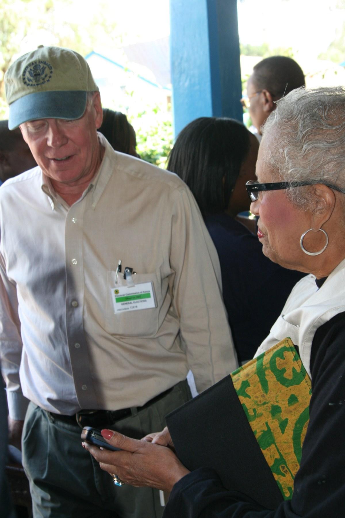 Kenya 2007 election- Ambassador Ranneberger and Connie Newman at polling station Nairobi