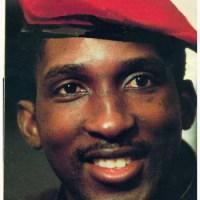 """Un film sur Thomas Sankara, """"le Che africain"""" assassiné par la FRANCE et les ennemis de l'Afrique libre."""