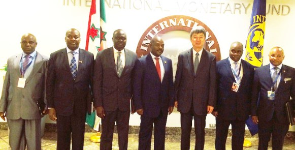 Apres-la-rencontre-aver-le-Directeur-general-adjoint-du-FMI