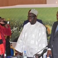 Africpost vous souhaite une bonne soirée :  OUI au Référendum (20 mars 2016) au Sénégal avec Red Black