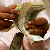Perspectives économiques de l'Afrique : certains pays poursuivent leur croissance dans une conjoncture morose