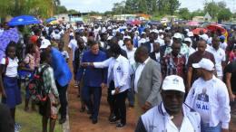 Brice Laccruche Alihanga dans la province du Haut-Ogooué