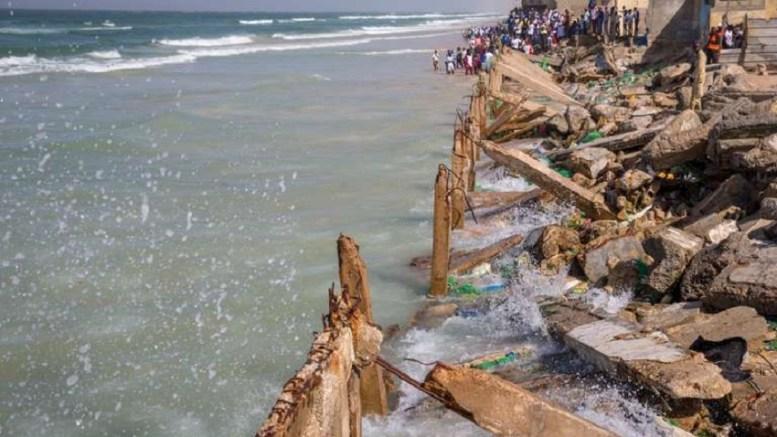 érosion côtière à Saint-Louis du Sénégal