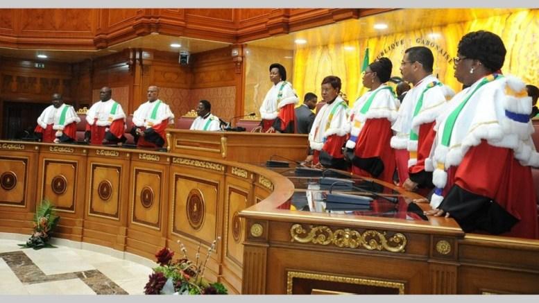 les membres de cour