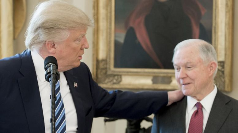 Donald Trump et Jeff Sessions