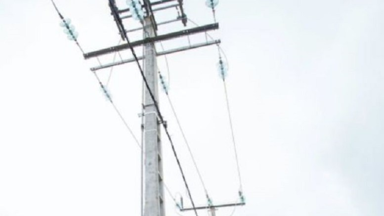 électricité à Kango