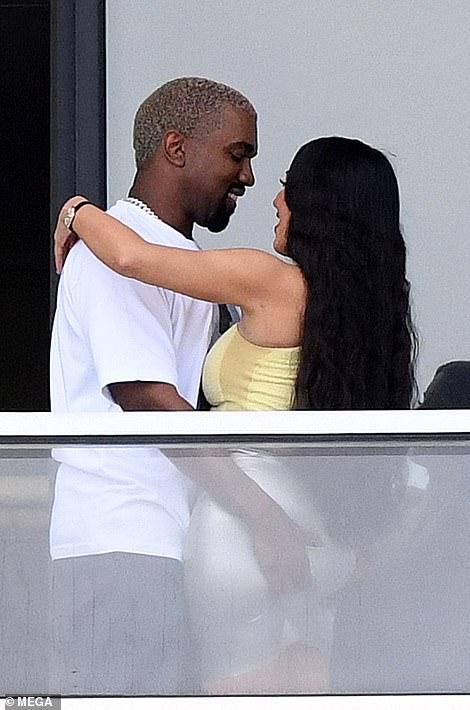 Kim Kardashian Hologramme