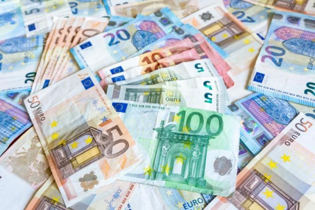 argent ne fait pas le bonheur faux