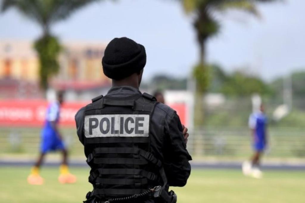 Policiers suspendus