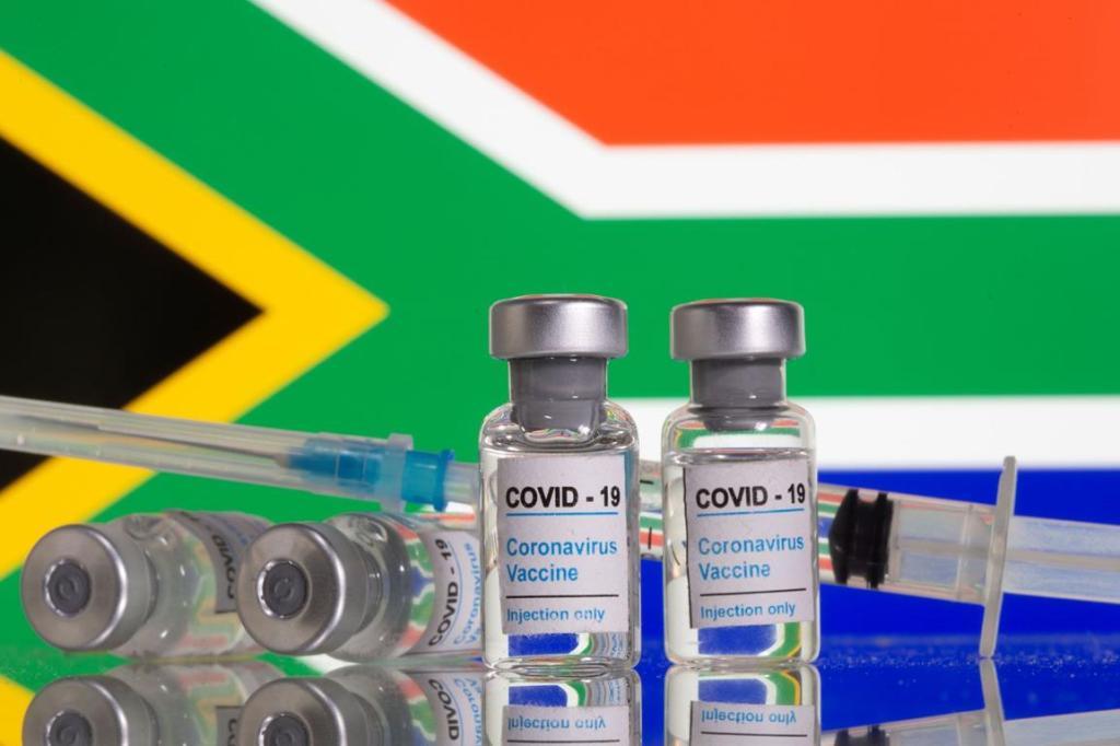 Afrique du Sud revend vaccin AstraZeneca à Union Africaine