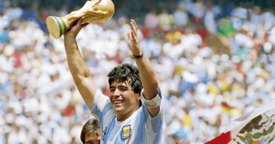 Nécrologie: Adios Diego Armando Maradona, «El Pibe de Oro»