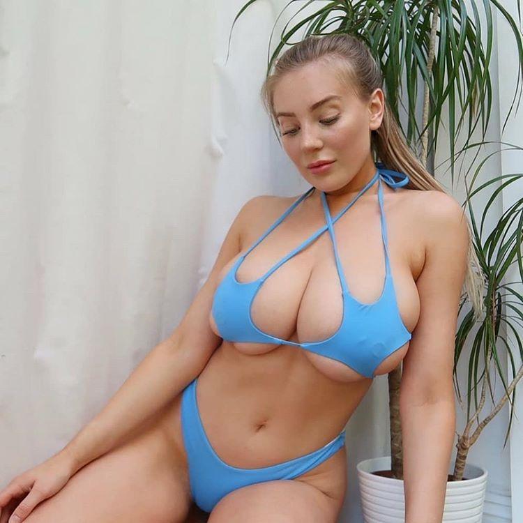 sexy bikini babez 20200713 0008