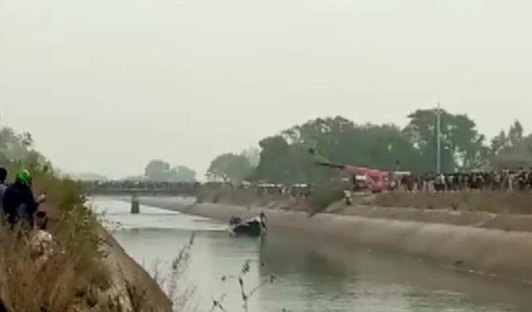 39 individuals dead as Indian bus dove off road into canal