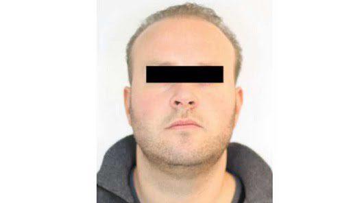 Tommy van der S arrested