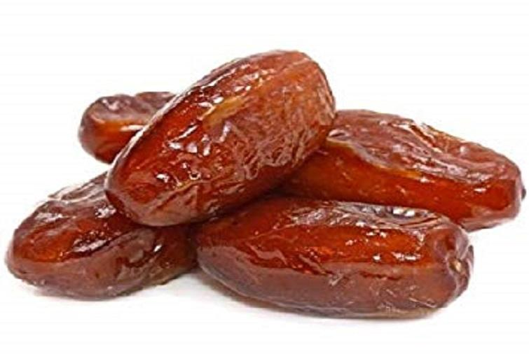 Here's why you have to eat the date every day
