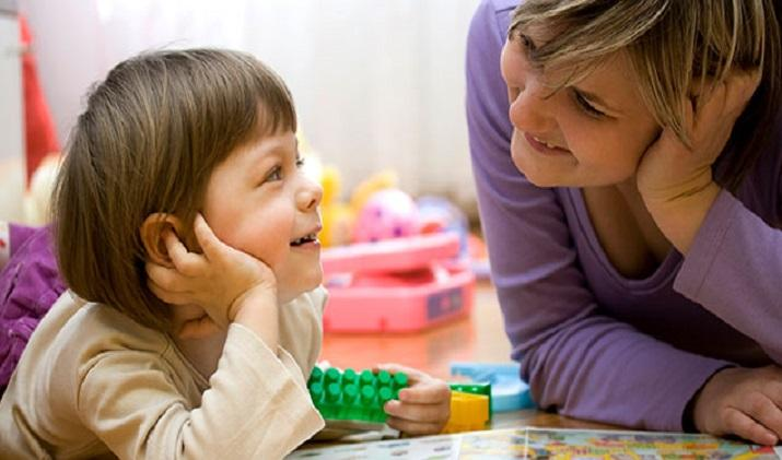 Children of working mothers are equally happy, proves the study