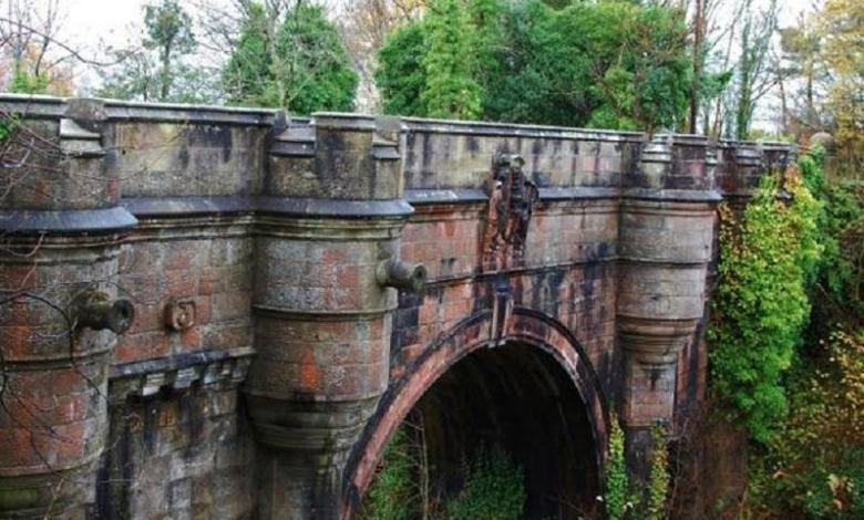 Overtoun suicide bridge for dogs: riddle for Scots