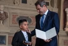 Medal for 10-year-old German boy rescuing his sister from burning car