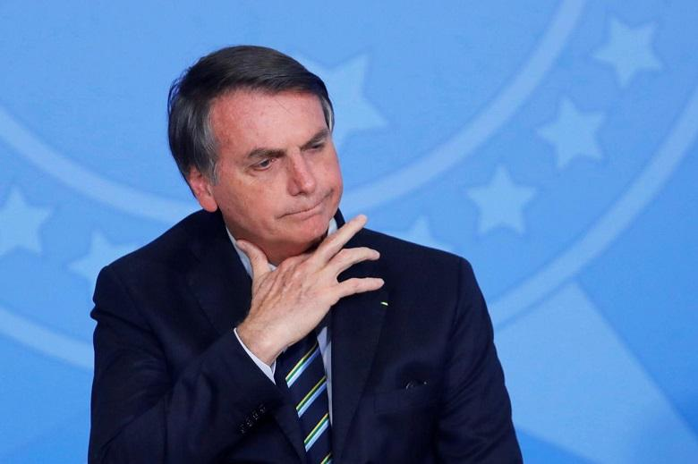 """Brazilian president against journalist: """"You have a terrible face of a gay man"""""""
