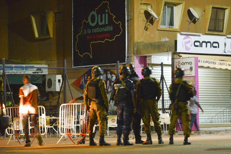 Bus explosion kills fourteen civilians in Burkina Faso