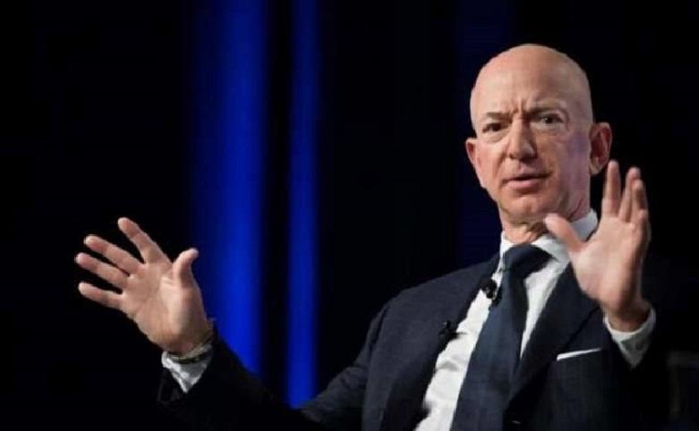 How Amazon boss Jeff Bezos grew $13.2 billion in 15 minutes