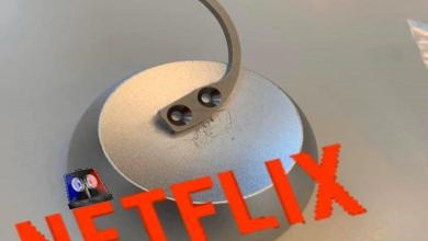 Girls practiced thieves trick they see on Netflix series but ran into lamp